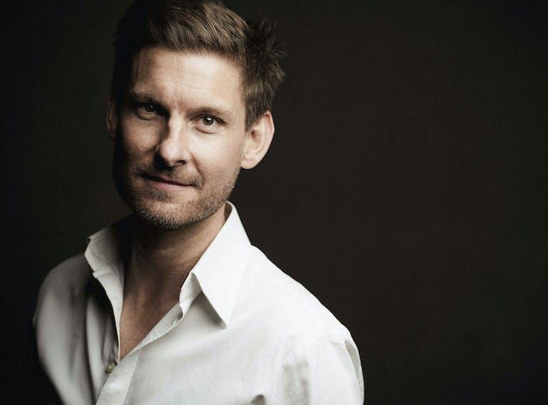 Kristian Bezuidenhout Photo: Marco Borggreve