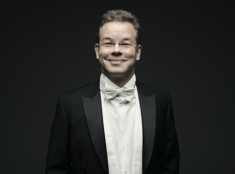 Antony Hermus Conductor Photo: Marco Borggreve