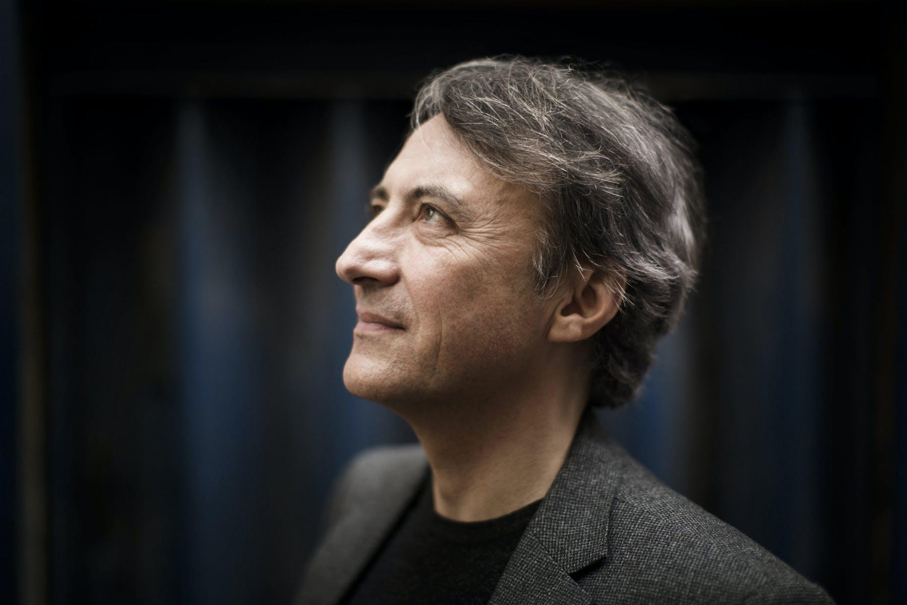 Jean-Efflam Bavouzet portrett